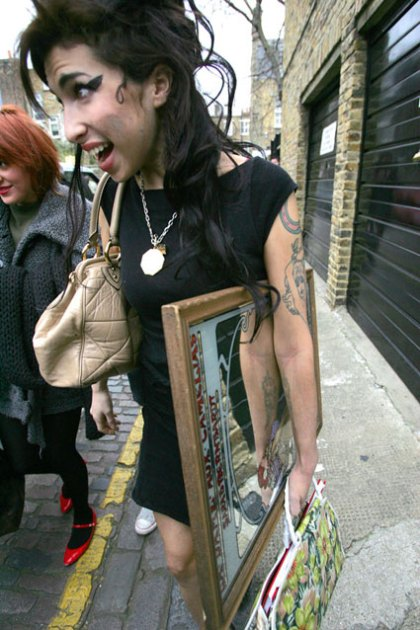 Amy Winehouse nest
