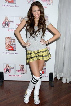 Miley Cyrusschoolgirl